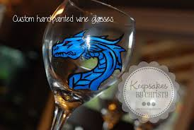custom made painted wine glasses by keepsakesbychristy