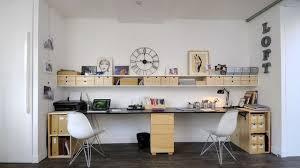 decorer un bureau un bureau déco meubles idées astuces conseils côté maison
