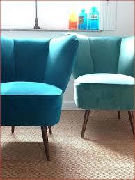 canapé design occasion canapé en cuir bleu obtenez une impression minimaliste canape