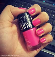 notd maybelline colorshow nail polish in fiesty fuschia