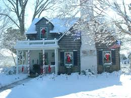 Decorating Windows With Wreaths For Christmas by Views From The Garden Simple Christmas Decoration Ideas For Outdoors