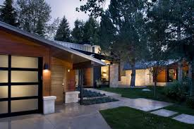 Slanted Roof House Impressive American House Architecture Design With Mid Century
