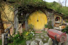 hobbit hole sam s hobbit hole picture of milestone tours auckland central