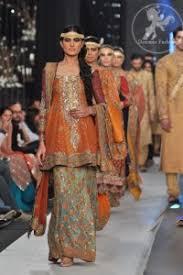 pakistani mehndi designs dresses clothes formal
