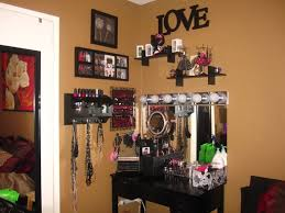 Bedroom Makeup Vanity With Lights Bedroom Vanities With Lights And Vanity Mirrors For Bedroom
