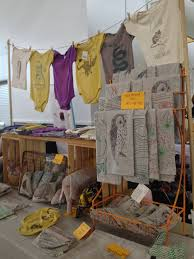 ten tips for craft fair booth design visual merchandising