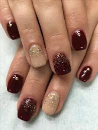 love this gel manicure it u0027s perfect for engagement pictures to