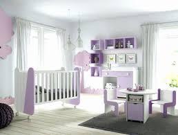 chambre en mauve tapis persan pour deco de chambre bebe nouveau deco mural chambre