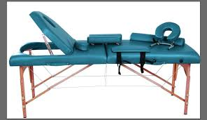 table upholstery for massage therapists how to choose portable massage table for therapists scuba edition