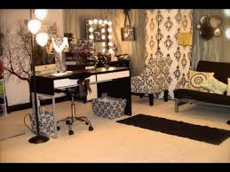 Lighted Vanity Table With Mirror And Bench Light Up Vanity Mirror Table Furniture Awesome Design Of Makeup