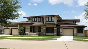 frank lloyd wright inspired home with lush landscaping frank lloyd wright inspired homes house plans 52617