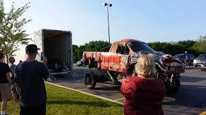 zombie monster truck loading trailer