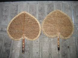 hand fans for sale old vintage ladies victorian style heart shaped wicker hand held