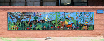 the tucson murals project the l w cross middle school is in the amphitheater public school district and is located near tohono chul park the mural is comprised of 231 tiles made