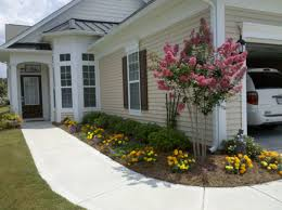 Landscape Ideas For Side Of House by Landscaping Ideas Around House