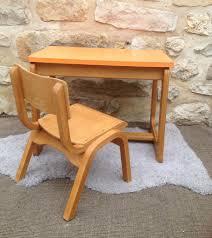 bureau bébé petit bureau enfant avec plateau formica orange et sa chaise