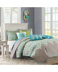 turquoise quilted coverlet bargains on madison park leah quilted coverlet set turquoise blue