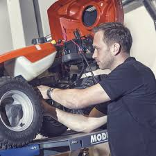 husqvarna servicing dealers