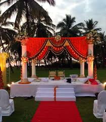 Bengali Mandap Decorations Marigolds Indian Decor Ideas Pinterest Mandap Design