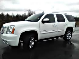 sold 2008 gmc yukon denali awd summit white 62k 6 2l navigation w