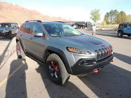 green jeep cherokee 2014 dakar cherokee crown automotive sales co inc