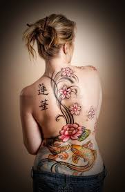 50 attractive lower back tattoos for women amazing pla 1