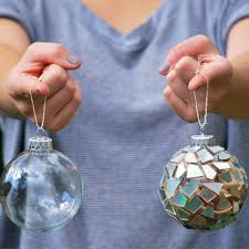 ornaments made out of recycled cd s cremedelacraft