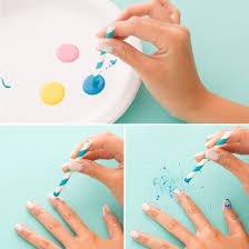 this diy splatter paint nail art is the must try manicure of the
