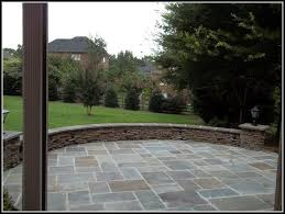 curved patio seating wall patios home decorating ideas gvw4aoemmk