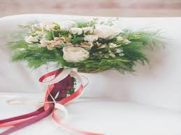 wedding flowers on a budget 11 reasons why fall wedding flowers on a