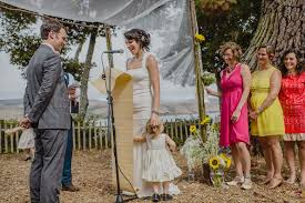 Dress For Backyard Wedding by How To Create A Perfect For You Wedding Budget A Practical