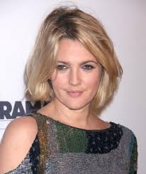 short haircuts hair parted in middle 17 best hair images on pinterest short bobs short hair and make