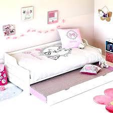 chambre fille alinea chambre fille alinea chambre enfant chevalier par alinaca chambre