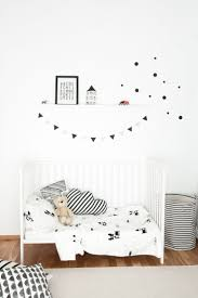 Black And White Bedroom Decor by Best 25 White Kids Room Ideas On Pinterest Scandinavian Baby