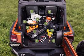 10 Must Carry On Essentials by 10 Essential Items To In Your Jeep While Road