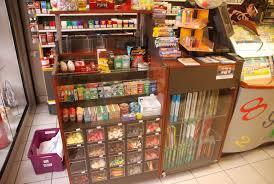 bureau de tabac montpellier cuisine mobilier d agencement en valchromat installã en magasin