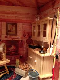 dollhouse decorating