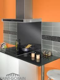 faience en verre pour cuisine rénovez et sublimez vos murs verre solutions