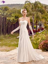 robe de mari e point mariage aradia collection de robes de mariée point mariage http www