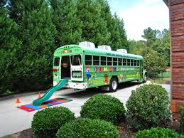 how to host a fun bus themed birthday party