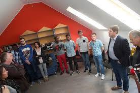 une chambre pour quatre réfugiés au luxembourg une maison pour une nouvelle vie pour