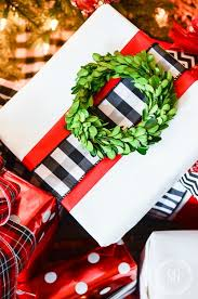 christmas gift wrap 10 best christmas gift wrapping tips stonegable
