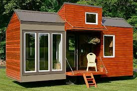 homes on wheels houses on wheels that will make your jaw drop