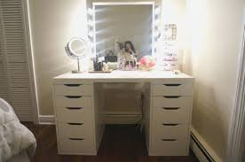 Lighted Vanity Table With Mirror And Bench Princess Vanity Set With Mirror And Bench Amazing Mirror Bedroom