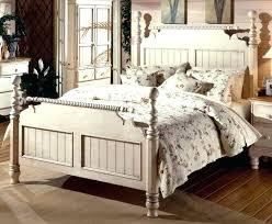 chambre bois blanc lit adulte bois blanc meubles lit adulte idee papier peint chambre