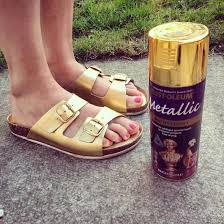 Spray Paint Your Shoes - upcycle your birkenstocks with this tutorial and some gold spray
