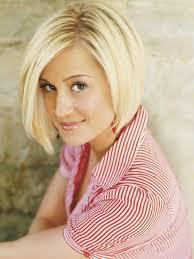 country singer with short hair gernightute kellie pickler short hair