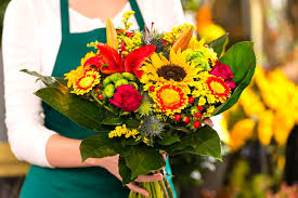 wedding flowers questions to ask town questions to ask before you hire your wedding florist