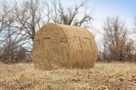Redneck Hay Bale Blind Round Bale Blind Plans Pictures To Pin On Pinterest Thepinsta