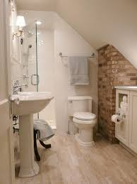 Small Bathroom Remodel Ideas Designs by Best 25 Attic Bathroom Ideas On Pinterest Green Small Bathrooms